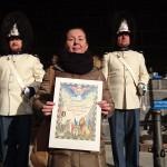 Paní Naděžda Perníková přijímá diplom pro patrony a sponzory Vévodské tělesné stráže v Českém Krumlově, Schwarzenberská granátnická garda