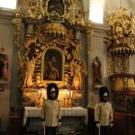 Stráž granátníků u Božího hrobu v klášterním kostele, 2018, Schwarzenberská granátnická garda