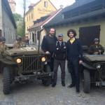 Po vyvěšení praporu pokračovaly oslavy osvobození Českého Krumlova americkou armádou