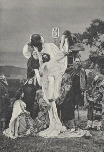 Výjev z Hořických pašijových her, Snímání s kříže, Josef Seidel, soukromý archiv Martina Neudörfla