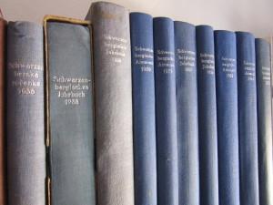 Schwarzenberské ročenky, Hejtmanská knihovna, Schwarzenberská granátnická garda